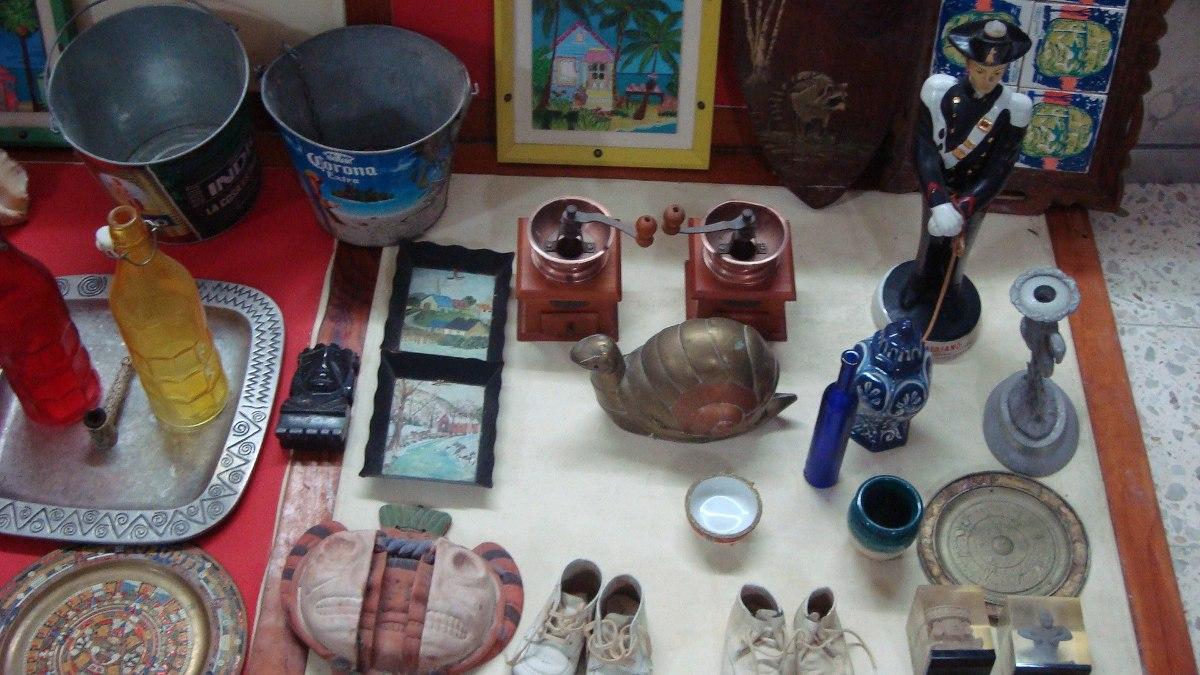 Esculturas y otras decoraciones para el hogar o la for Articulos de decoracion para el hogar