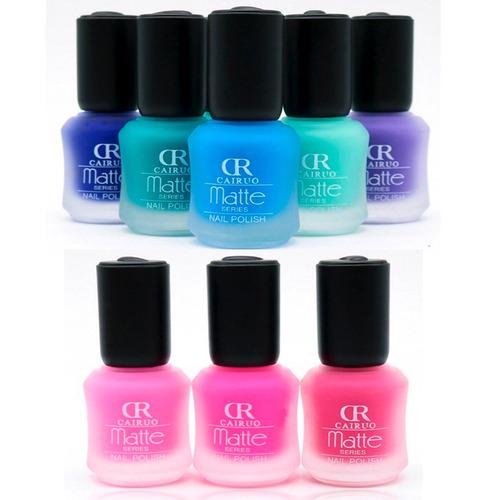 esmalte barniz uñas colores mate y estilografos