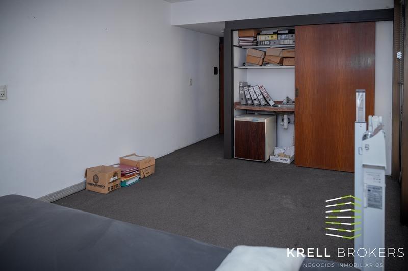 esmeralda y córdoba - oficina 21m2 c/ coch opc. ideal consultorio