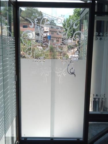 esmerilados en vidrios con diseños computarizados