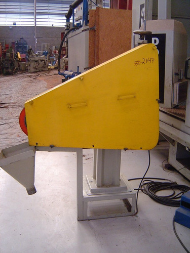 esmerilhadeira / lixadeira marca rebel modelo eca 3000