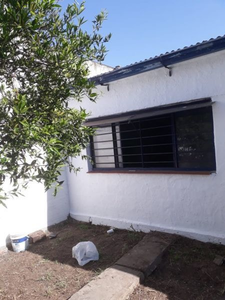 espaciosa casa 3 amb. en caseros