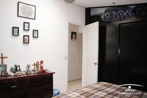 espaciosa, iluminada y muy bien conservada. cav-3398