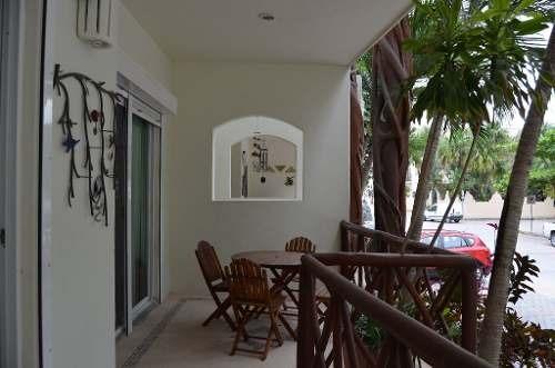 espacioso condo cerca 5ta avenida zona mamitas playa del carmen p2217