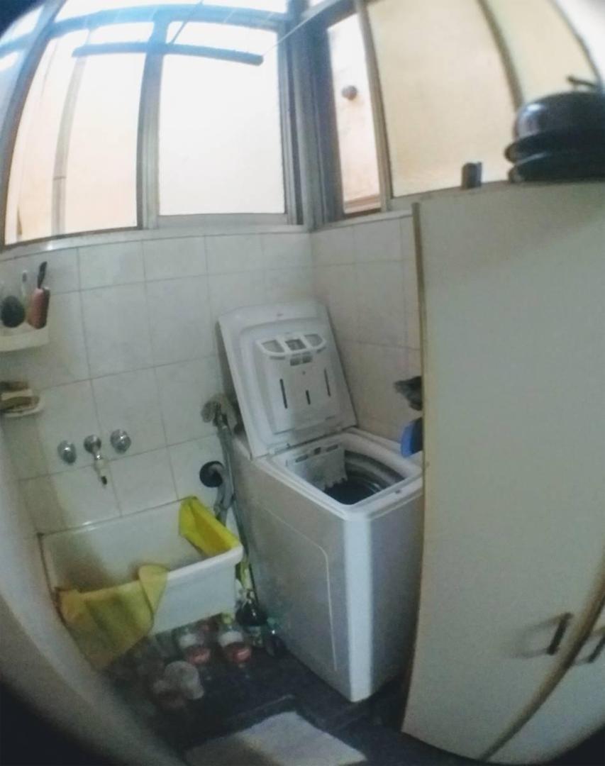 espacioso depto de 4 amb c/dependencia y balcon corrido
