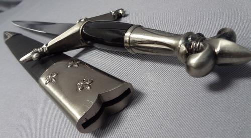 espada corta medieval flor de liz acero 440 mide 54cm daga