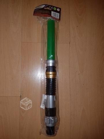 espada láser de star wars nueva/ con luz y sonido