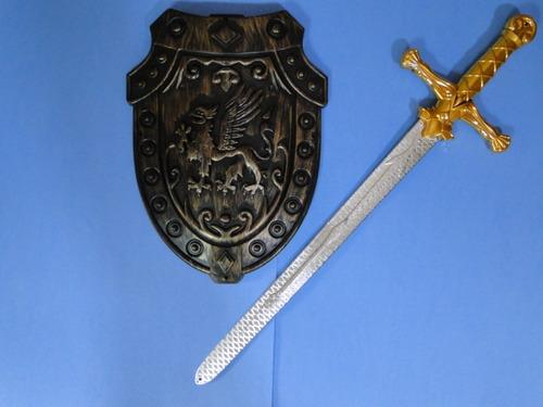 espada para fantasia e escudo medieval pirata