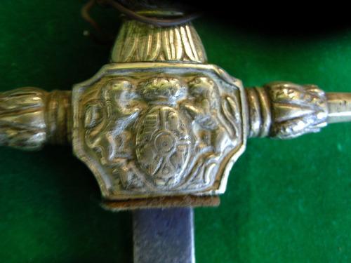 espada-sellada en toledo, año 1882,excel, estado,sin vaina
