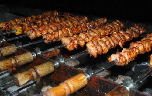 espadas brasileñas - banquetes bufete bodas fiestas eventos