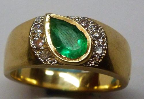 espectacular anillo para caballero esmeralda y diamante.oro