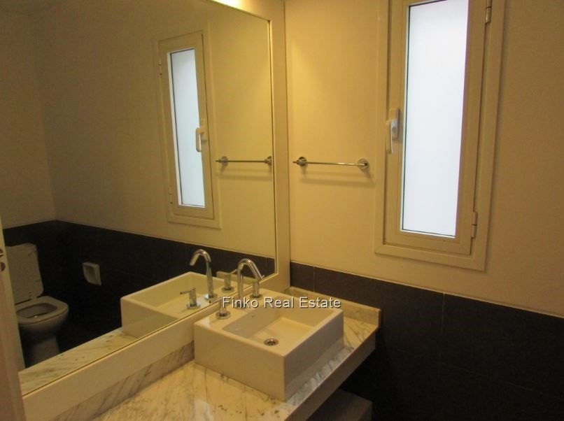 espectacular apartamento 3 dormitorios y servicio