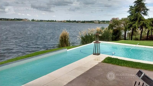 espectacular casa a laguna amplia santa clara villanueva