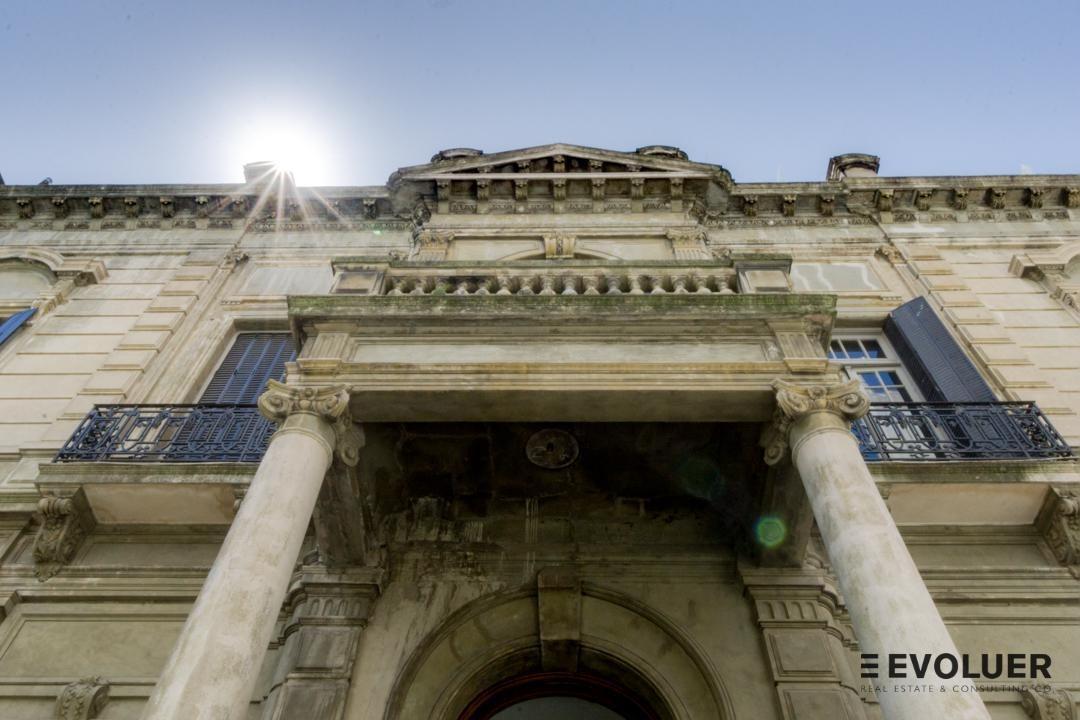 espectacular casa a metros de plaza san martín, ex casa foa