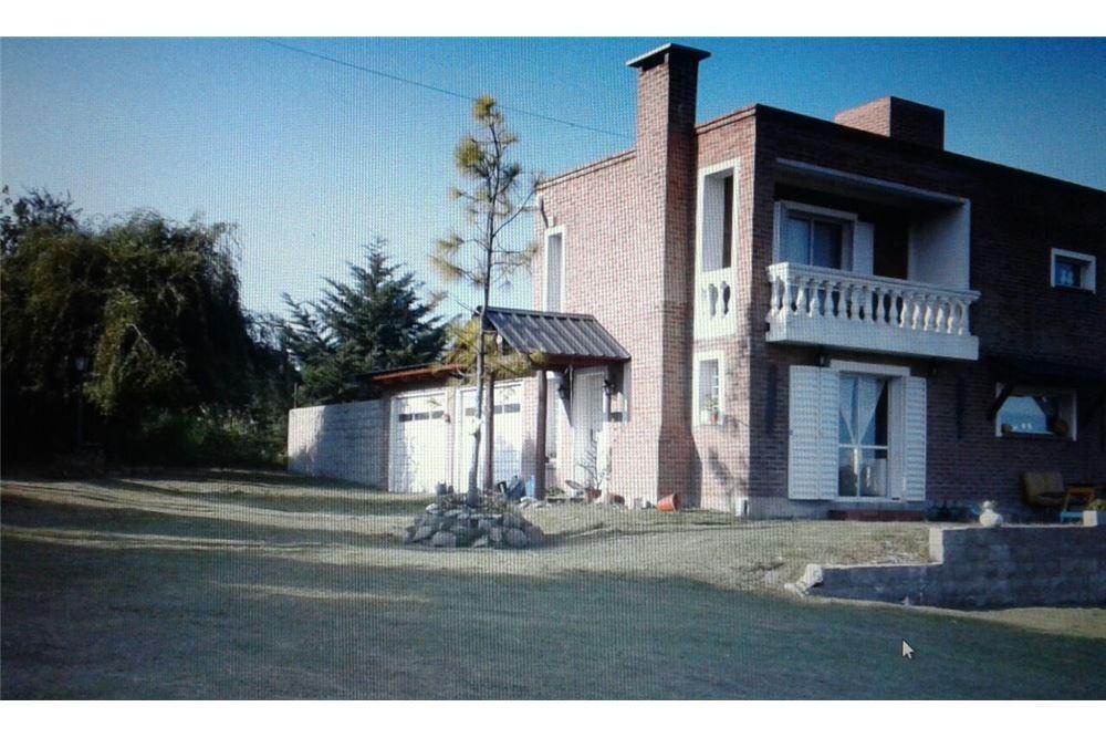 espectacular casa con pileta en salsipuedes