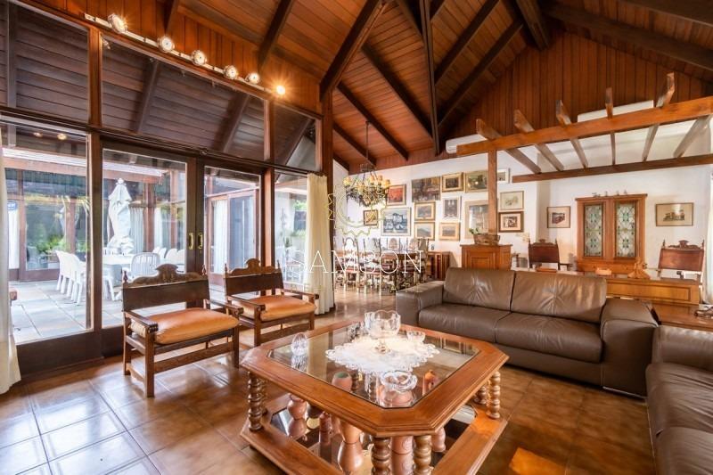 espectacular casa con piscina, playa mansa, punta del este - ref: 59046