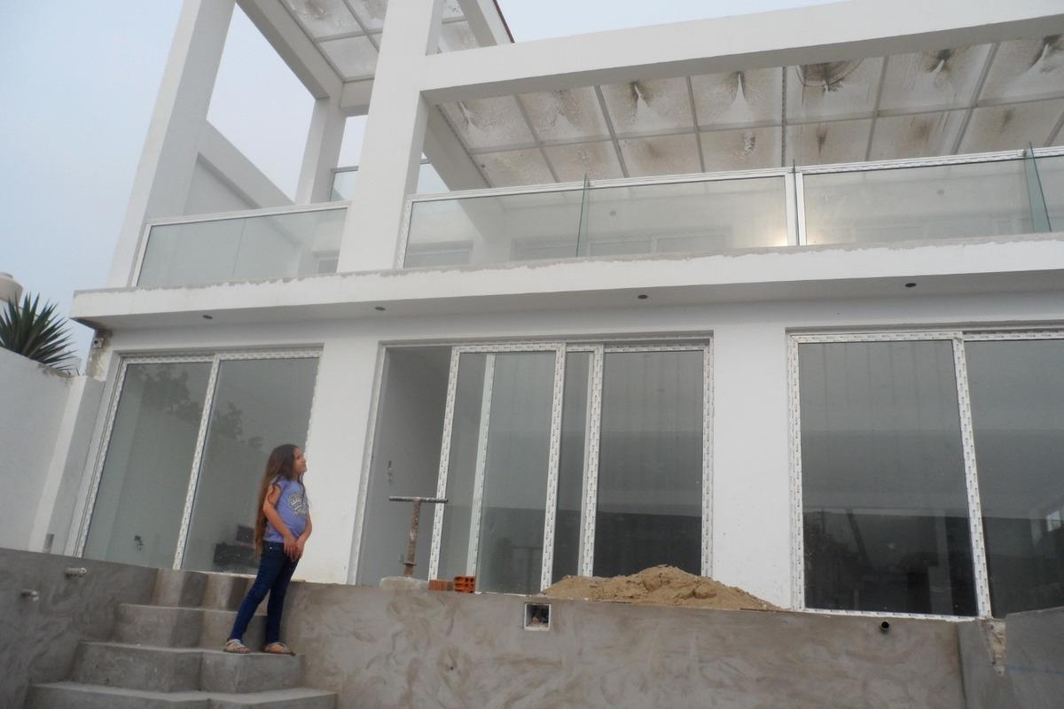 espectacular casa de playa en punta negra