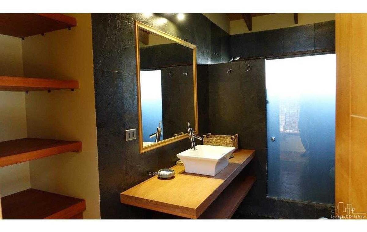 espectacular casa en condominio - valle del estero