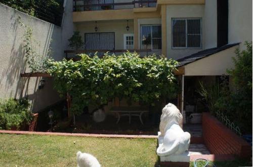 espectacular casa en venta, en barrio santa rita, villa del parque