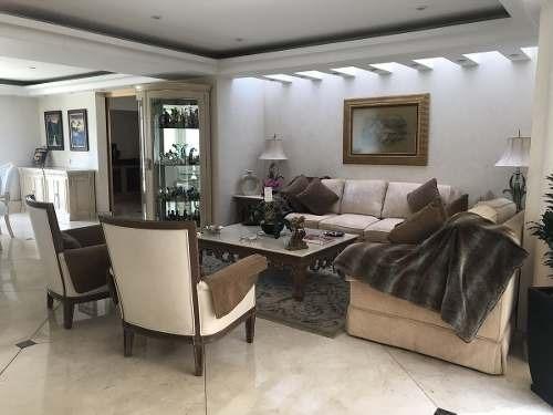 espectacular casa en venta en bosques de las lomas
