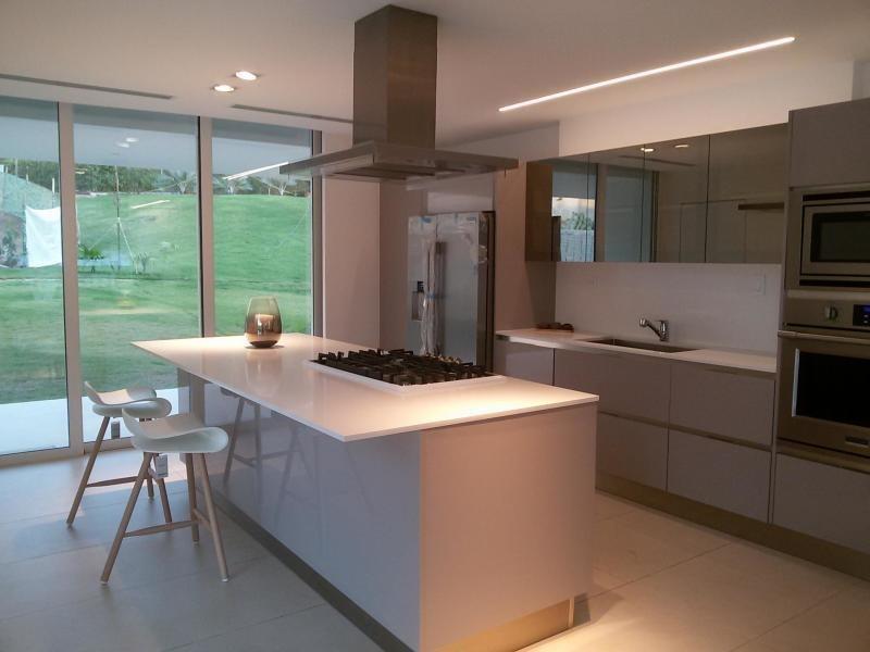 espectacular casa en venta en clayton panamá cv