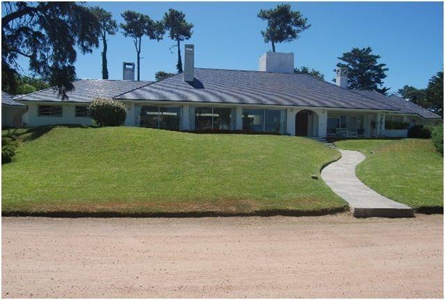 espectacular casa en venta en punta del este - playa brava