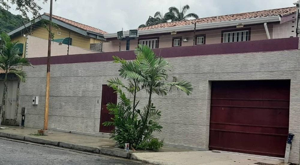 espectacular casa en venta en urb. trigal norte.