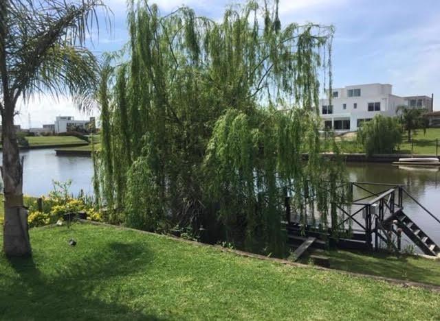 espectacular casa en venta lote al rio - san marco, villanueva