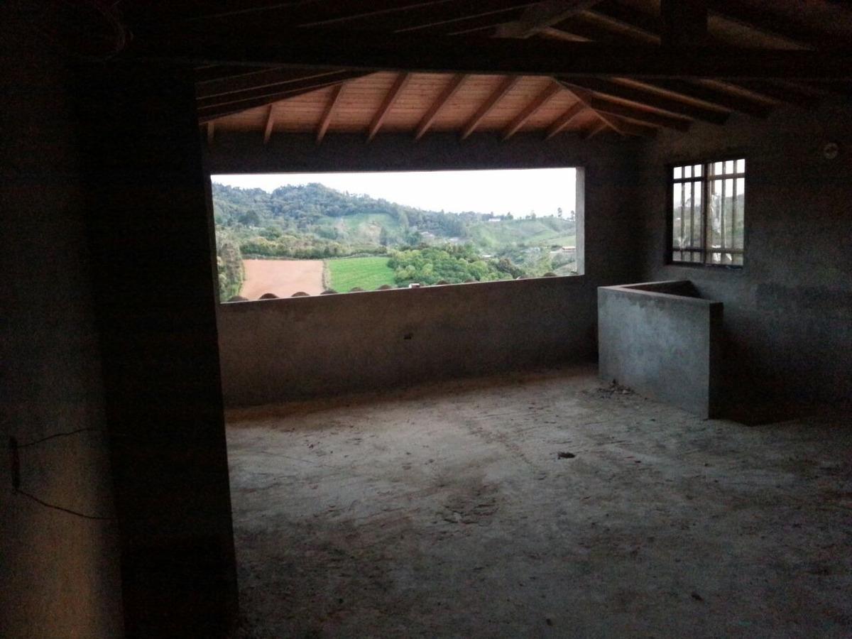 espectacular casa finca en santuario