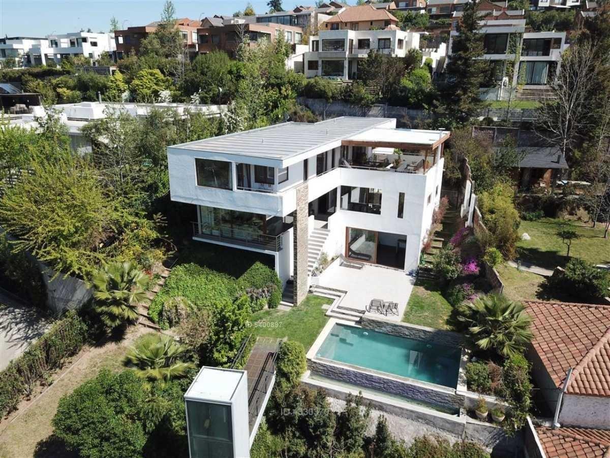espectacular casa mediterránea con diseño único /  vistas despejadas / colegio wenlock