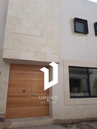 espectacular condominio  con una arquitectura mexicana conte