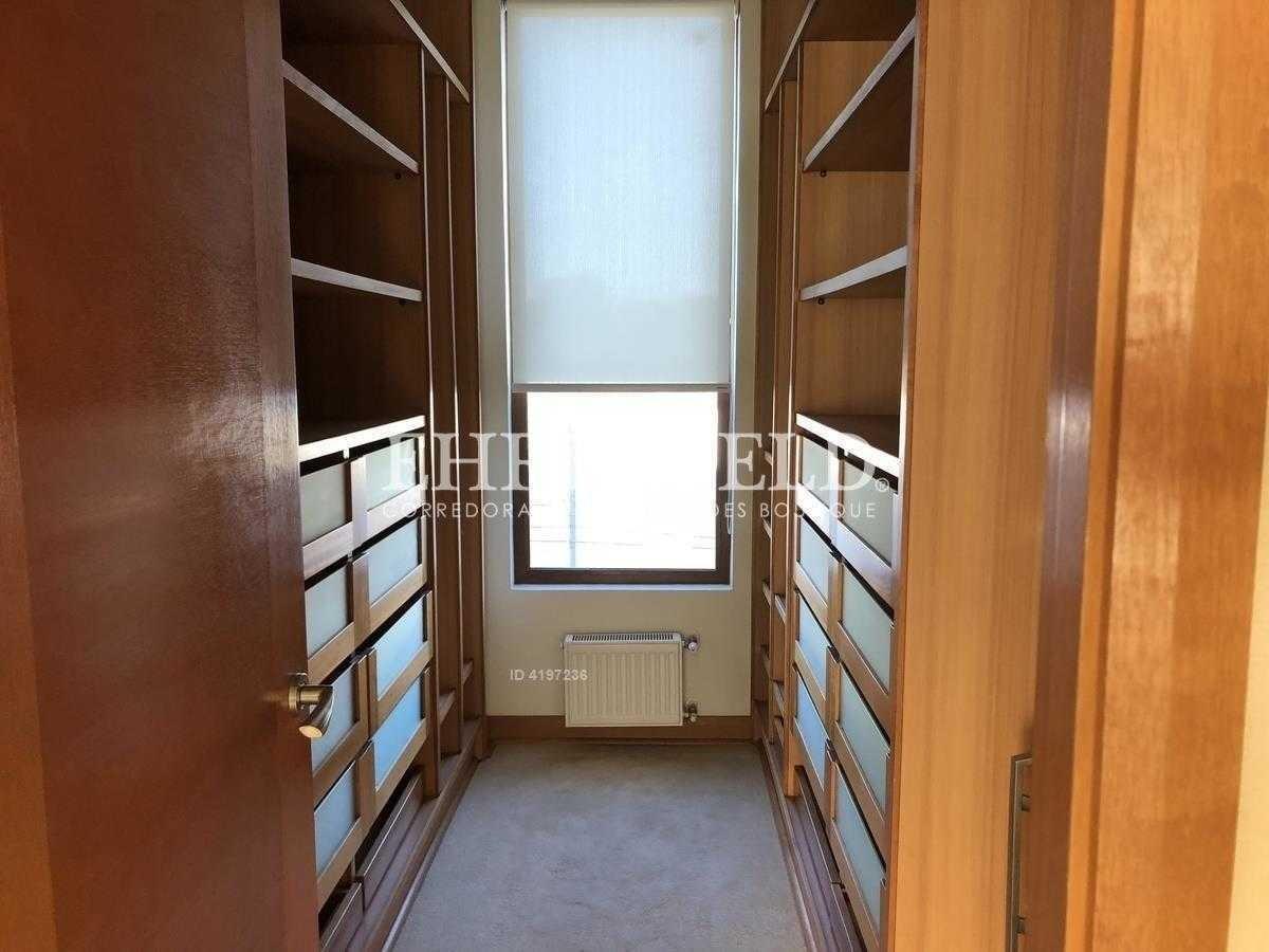 espectacular departamento de 240 m2 útiles, terraza con