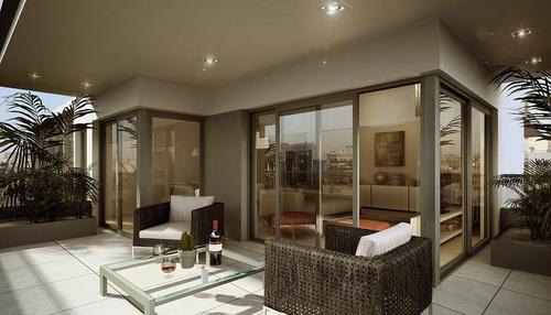 espectacular departamento de 3 ambientes con dependencia y patio en belgrano de categoría premium