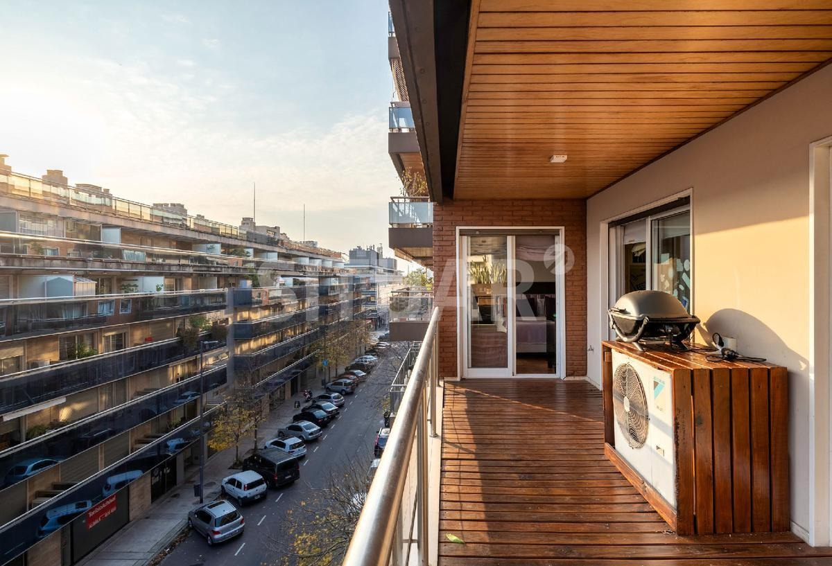 espectacular departamento de 5 ambientes en puerto madero con 2 cocheras