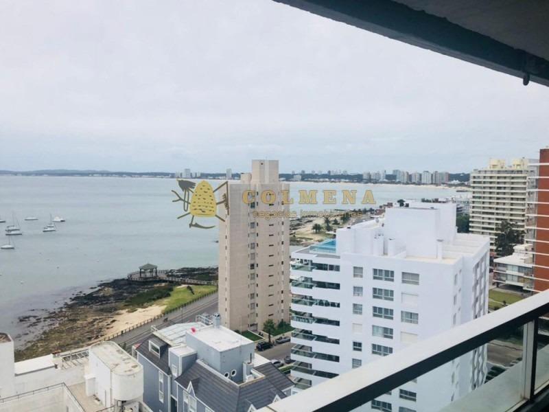 espectacular departamento en plena península con las mejores vistas al puerto!- ref: 1268
