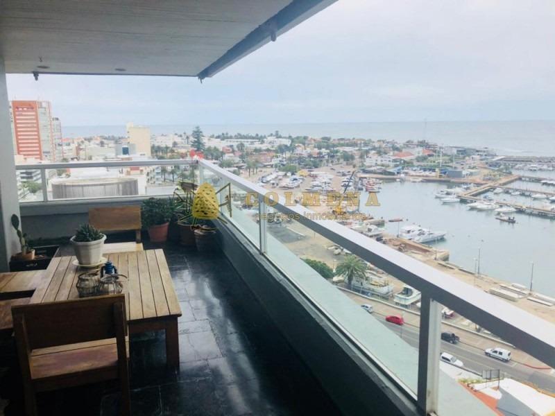 espectacular departamento en plena península con las mejores vistas al puerto!-ref:1268