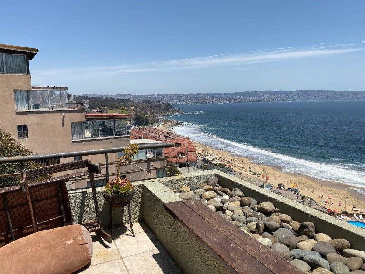 espectacular departamento en venta con vista 180 grados al mar!