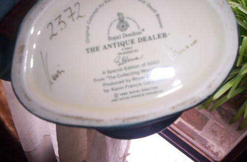 espectacular jarra royal doulton the antique dealer