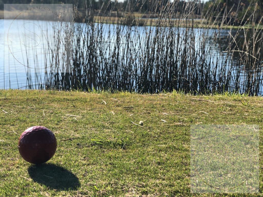 espectacular lote al golf en venta