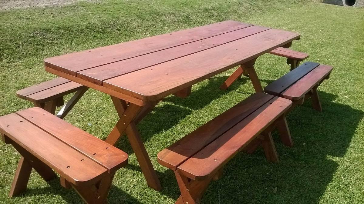 Espectacular mesa con bancos para barbacoa o cocina for Mesa con bancos de madera para cocina