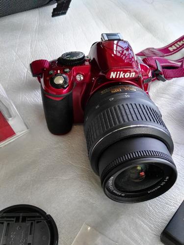 espectacular nikon d3100 color vino practicamente nueva 14.2