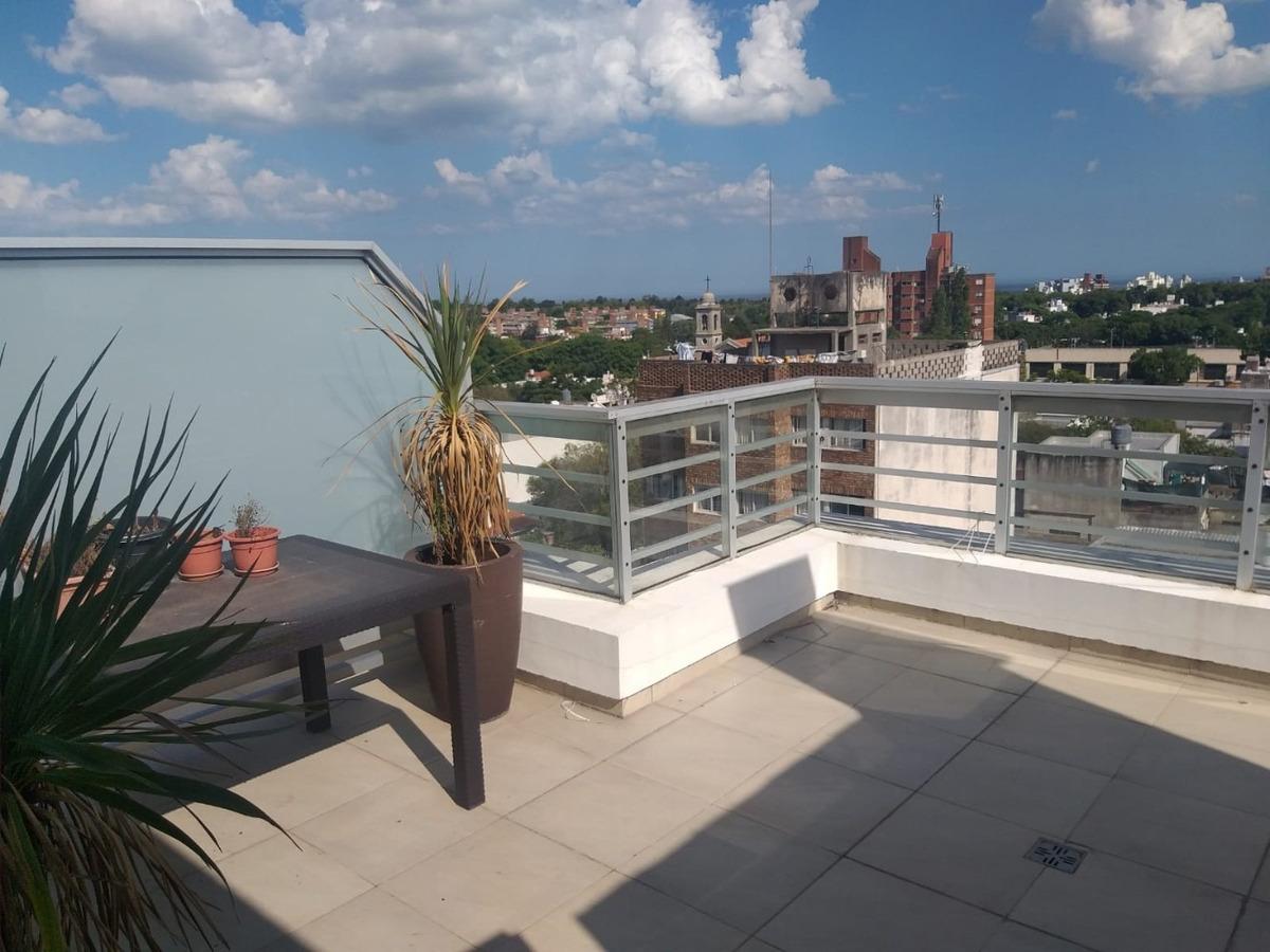 espectacular penthouse sobre ramon anador
