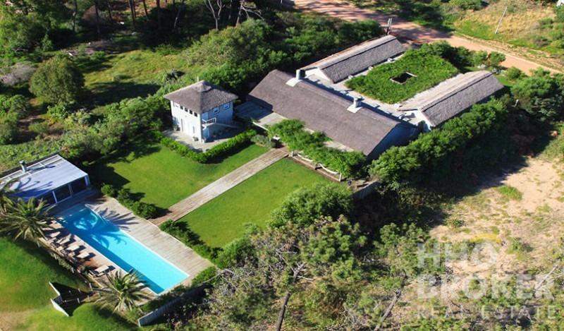 espectacular propiedad, excelente ubicación, ideal para vivir o disfrutar de increíbles vacaciones.-ref:328