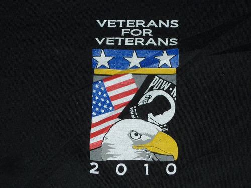 espectacular!! remera m/c orig. pow mia - veterans for vet
