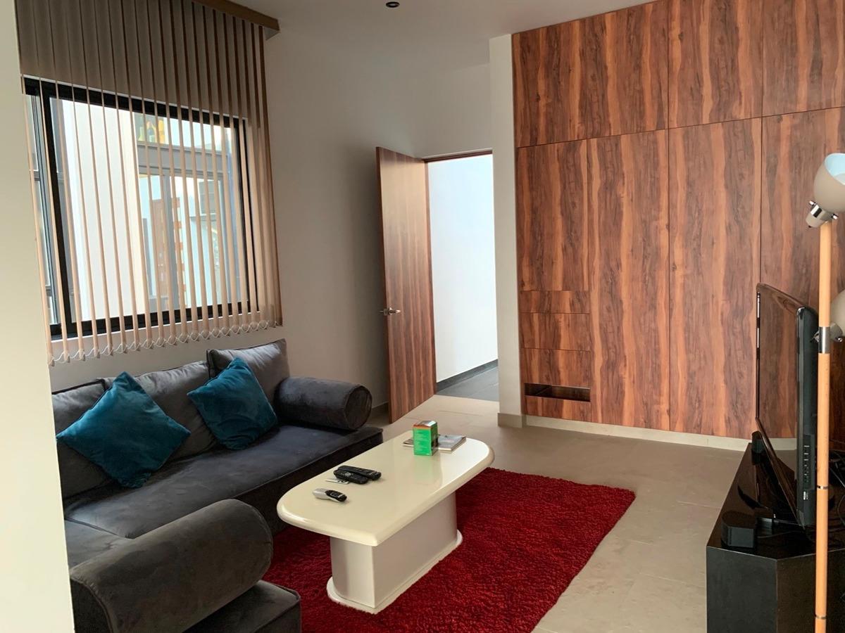 espectacular residencia diseño modernista,todo en 1 piso.