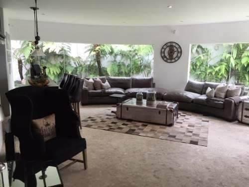 espectacular residencia en lomas country
