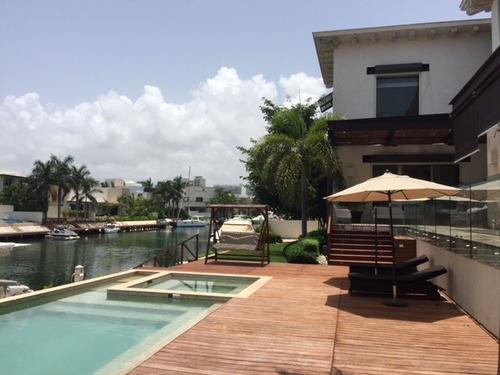 espectacular residencia en puerto cancun