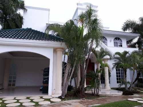 espectacular residencia en villa magna en venta c2313