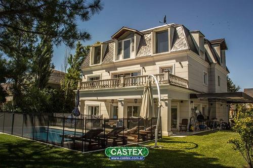 espectacular residencia estilo francés