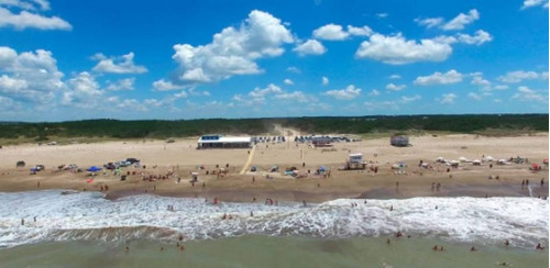espectacular terreno en deportiva de costa esmeralda. fondo libre a deportiva. pinos